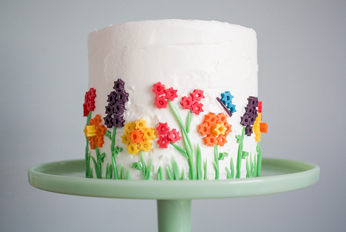 Twizzler Flower Toppers For The Perfect Spring Cake