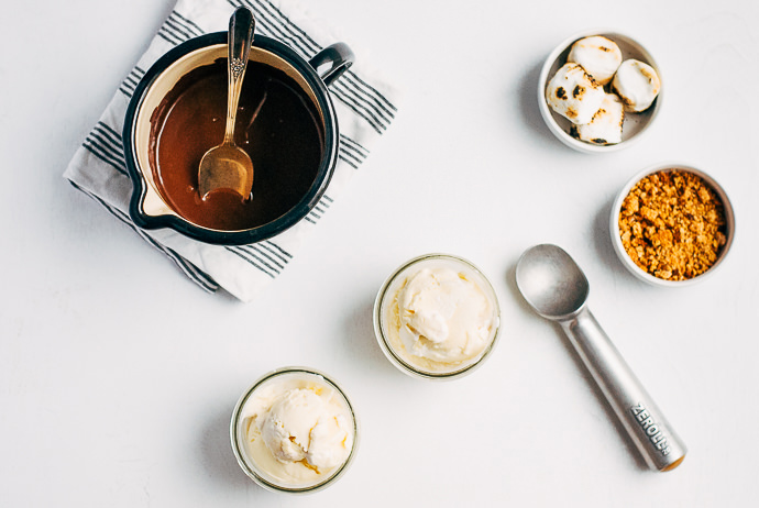 S'Mores Ice Cream Sundaes