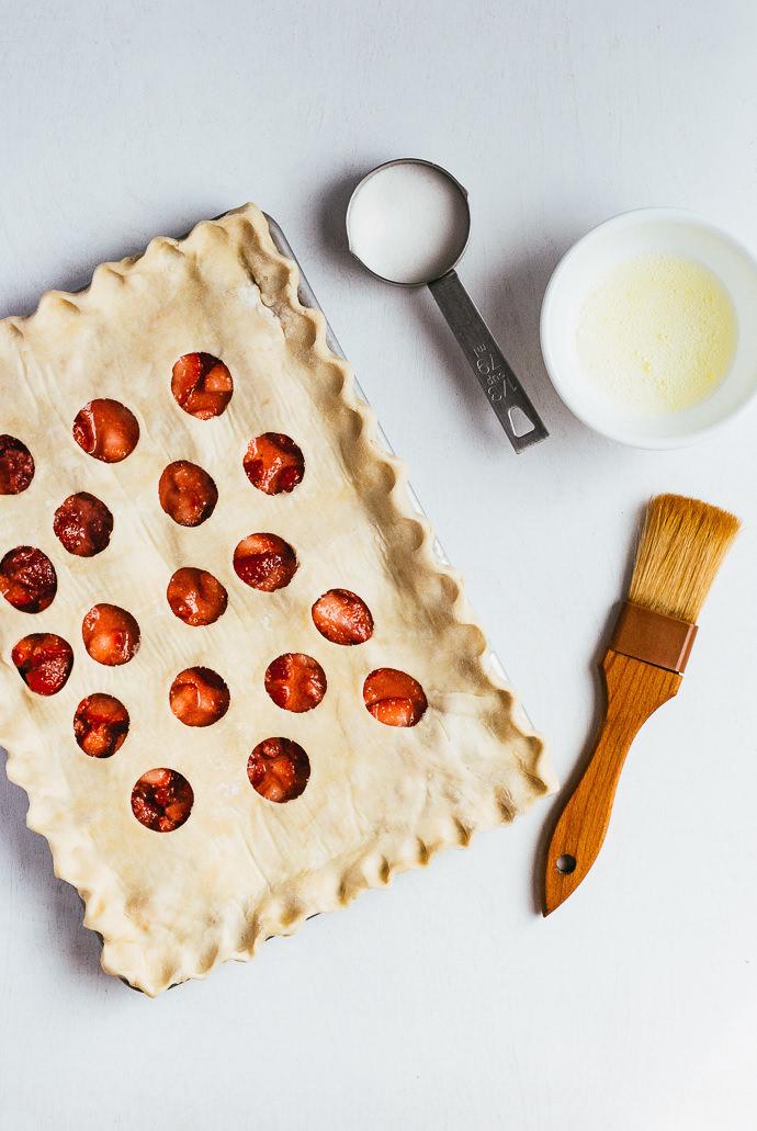 Polka Dot Strawberry Ginger Slab Pie Recipe