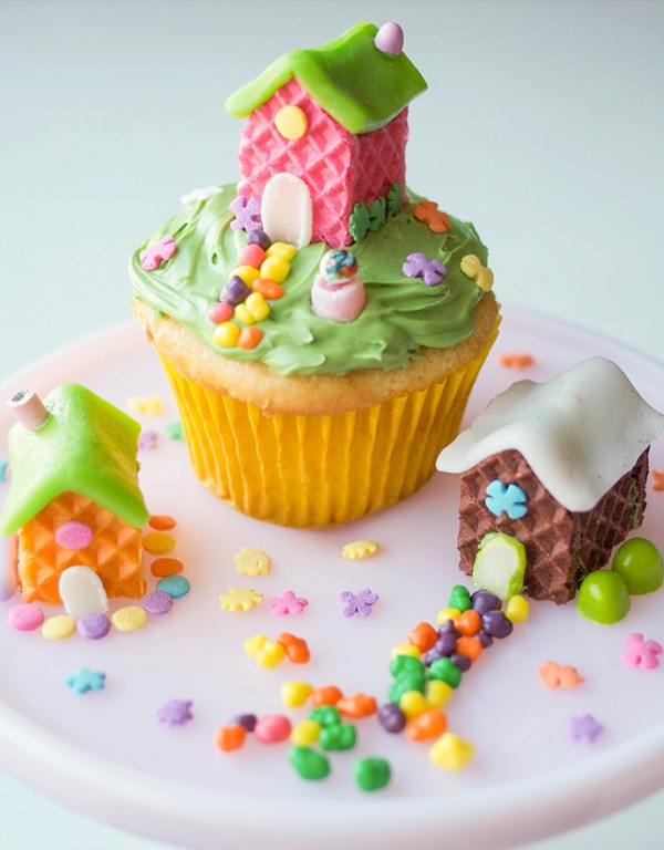 How to Make Wafer Cookie Fairy Houses