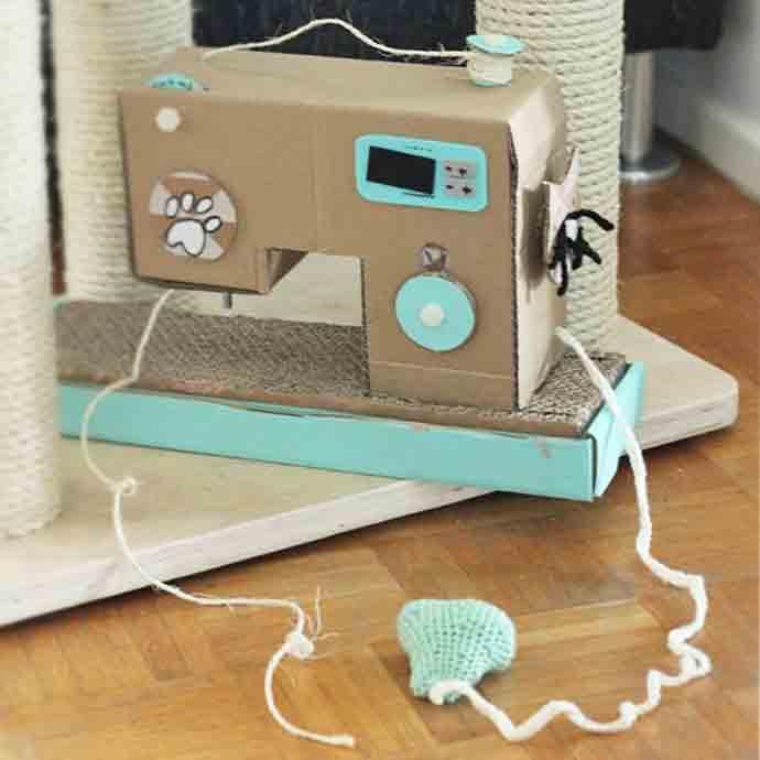 DIY Cat Cardboard Sewing Machine