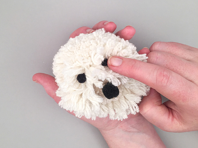 Diy shaggy dog is the easiest pet ever handmade charlotte - Como hacer pompones con lana ...