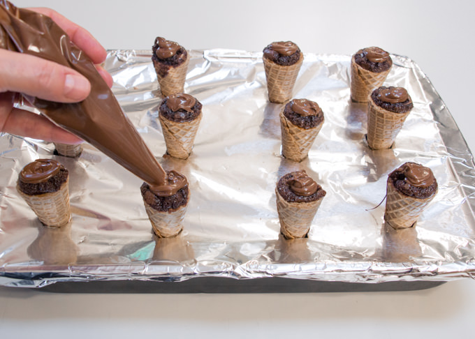 Easy Bake Neapolitan Brownie Ice Cream Cones