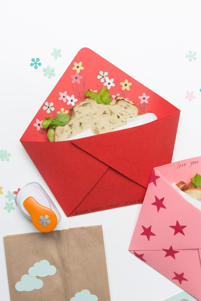 Fold An Origami Sandwich Pocket For Back To School