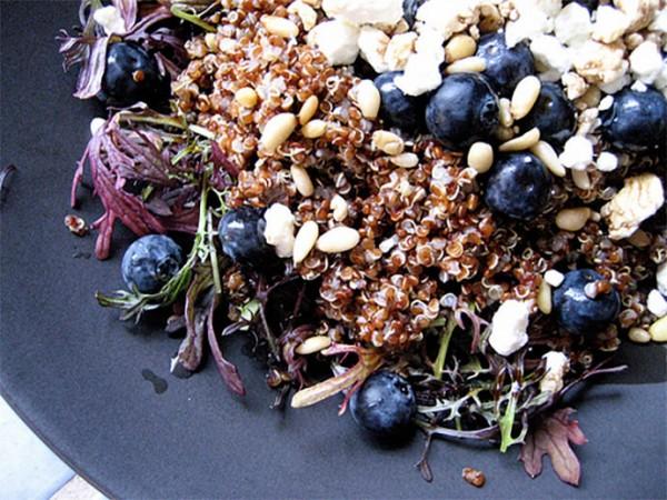 Healthy Recipes: Quinoa Salad on Greens