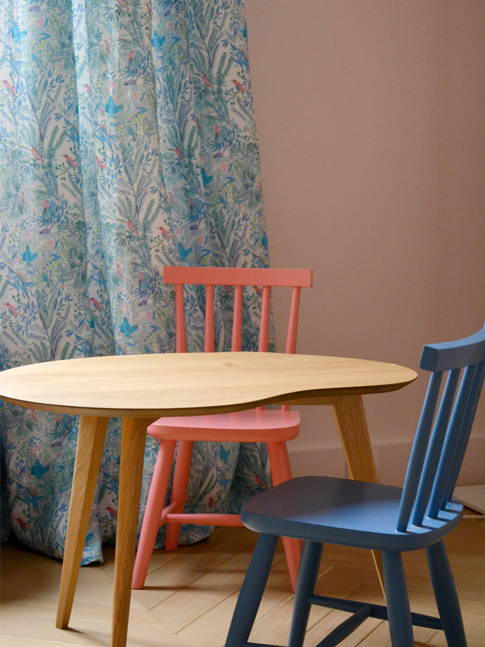 Little Cabari Table and Chairs