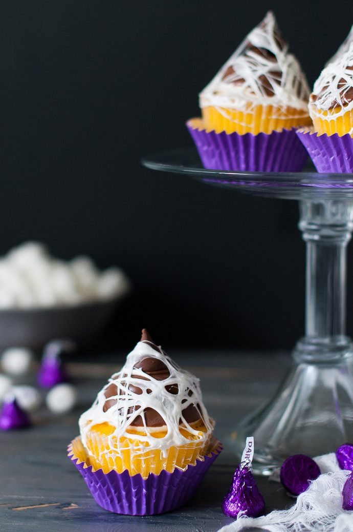 Spooky Marshmallow Web Cupcake Topper