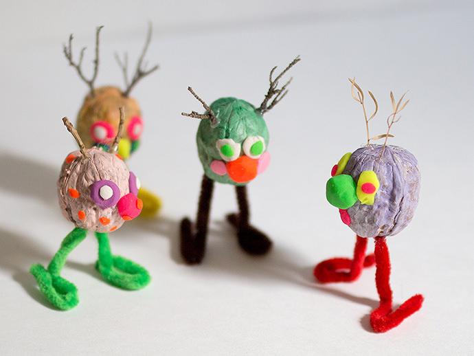 http://media3.handmadecharlotte.com/wp-content/uploads/2015/10/walnut-5.jpg