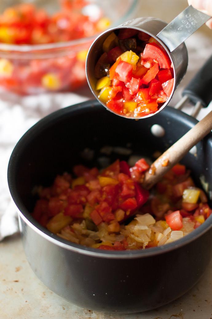 Simple Homemade Marinara Sauce Recipe | Handmade Charlotte