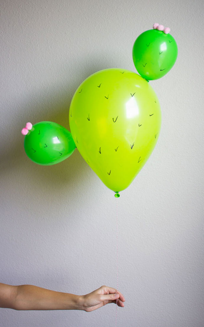 DY Cactus Balloons