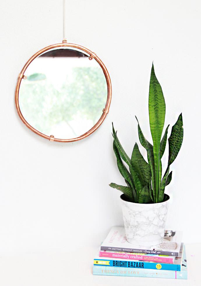 DIY Copper Edged Mirror, tutorial via A Bubbly Life