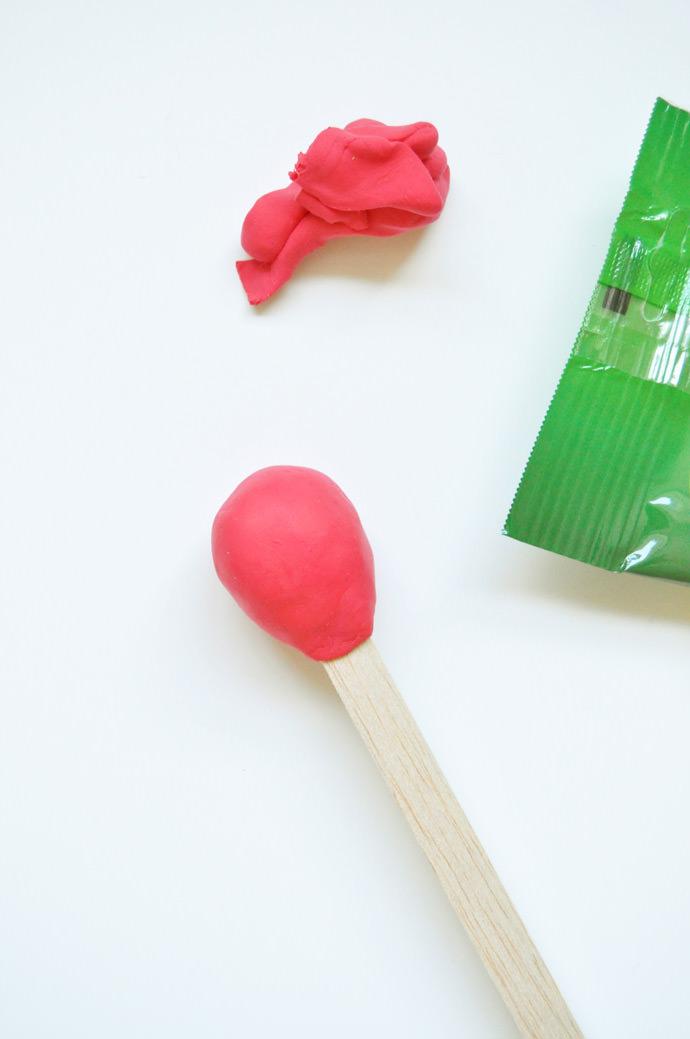 Square Dowel Craft Glue