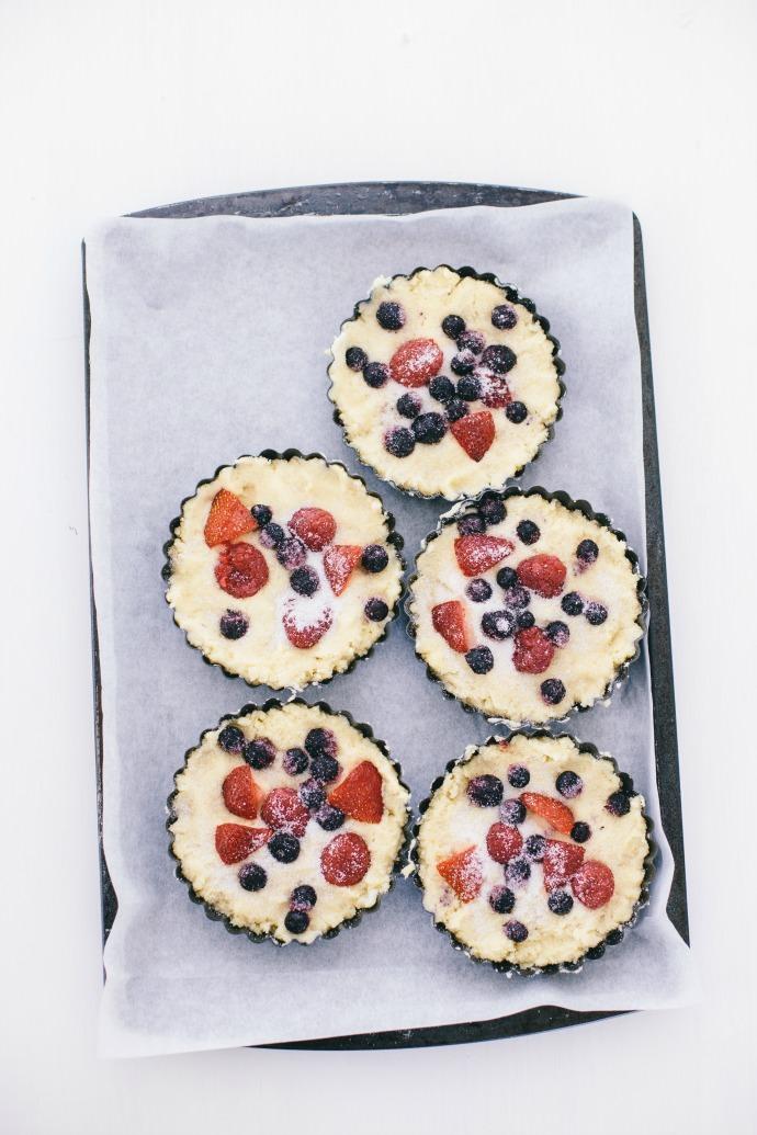 Berry Breakfast Cakes