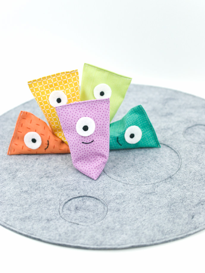 Sew a Silly Alien Game for Intergalactic Fun