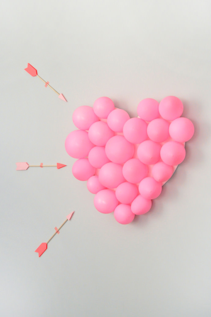 Valentine's Day Carnival: DIY Balloon Pop