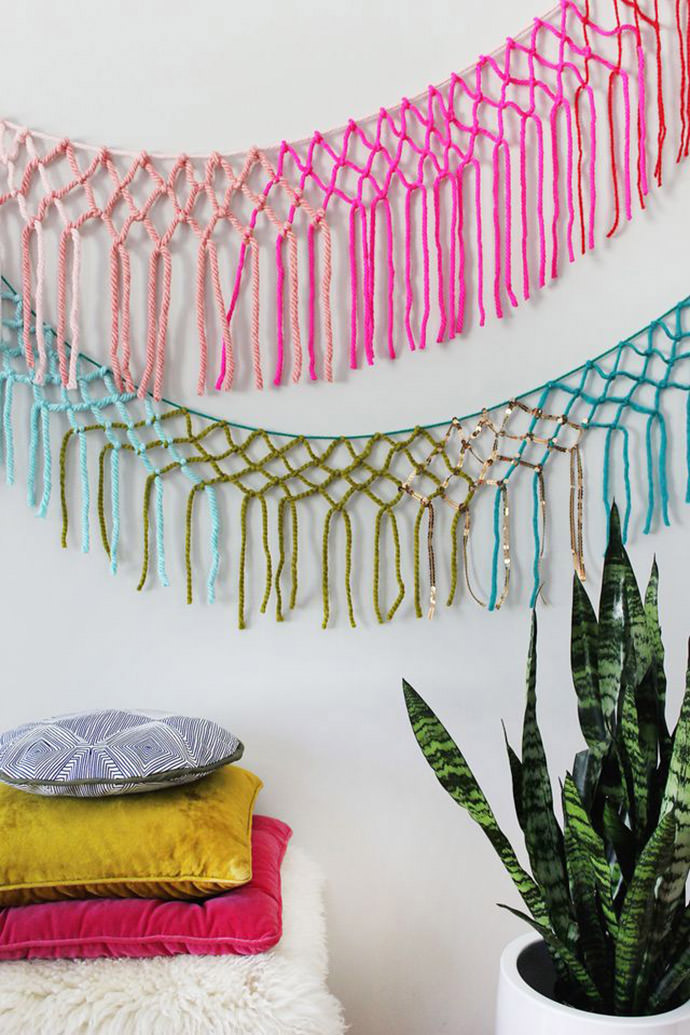 Macrame Yarn Garland, tutorial via A Beautiful Mess
