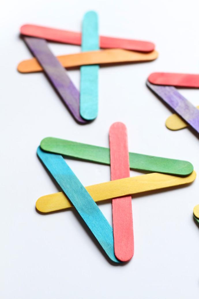 Exploding Boomerangs, tutorial via I can Teach My Child