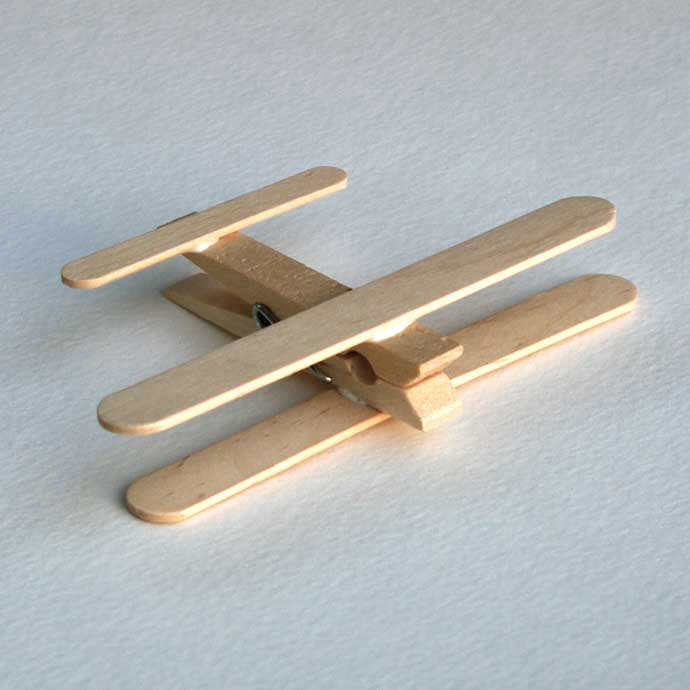 Clothespin Airplanes, tutorial via Passengers on a Little Spaceship
