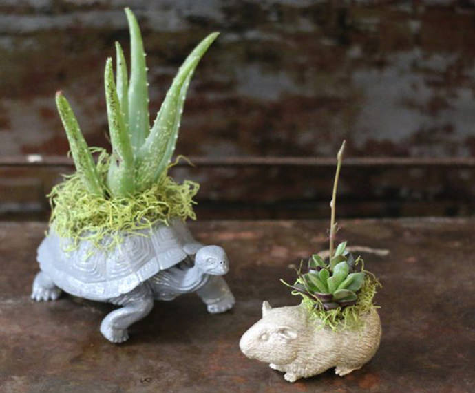 Plastic Animal Planters, tutorial via eHow