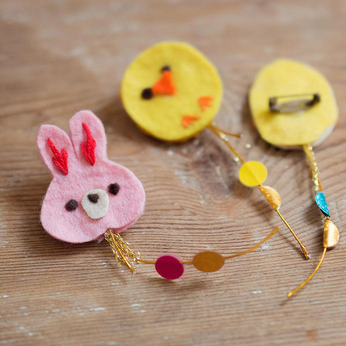 DIY Easter Kite Brooches