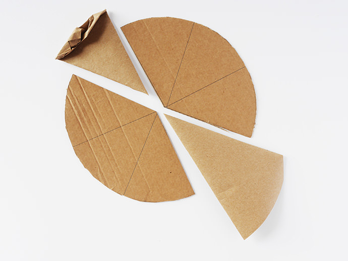 Make Your Own Pizzeria - fun DIY cardboard pizza project for kids