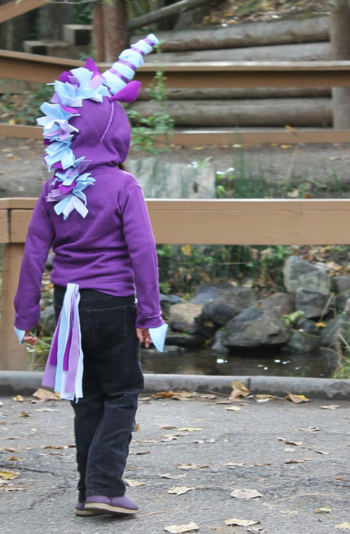Scrappy Unicorn Costume, tutorial via Twin Dragonfly Designs