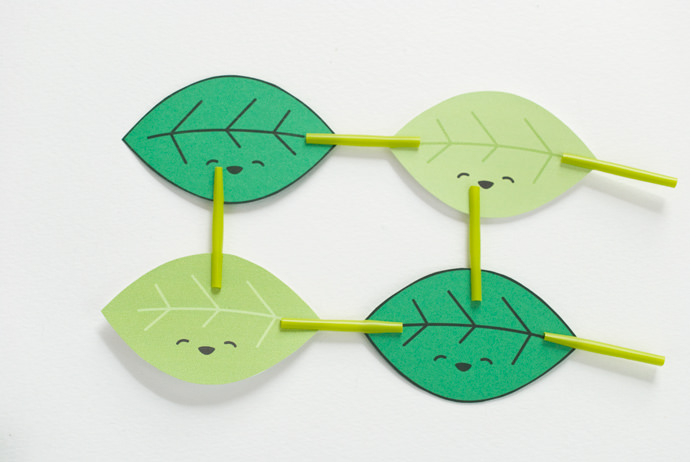 Paper Leaf Stacking Game