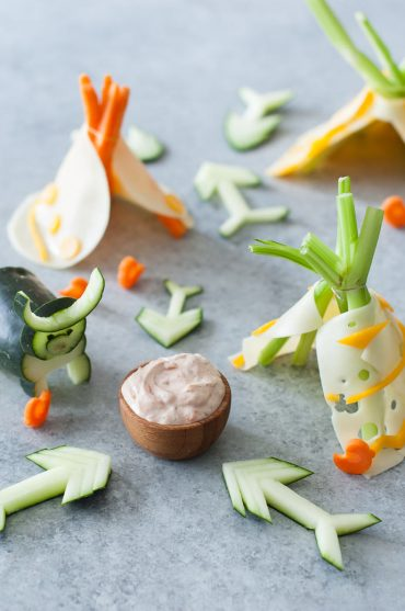 Veggie Cheese Teepees with Ranchero Dip