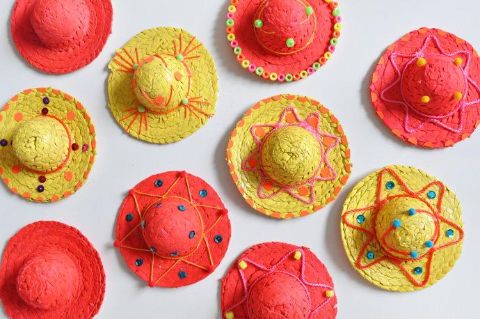 Mini DIY Sombrero Garland for Cinco de Mayo ⋆ Handmade Charlotte 30ac06e7421