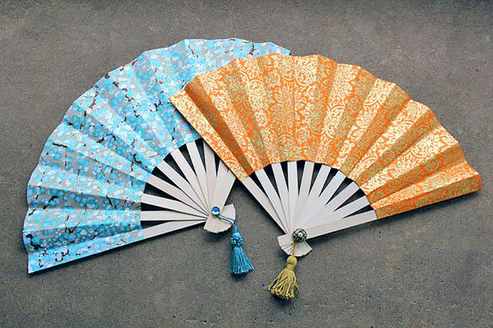 DIY Japanese Fans, tutorial via eHow