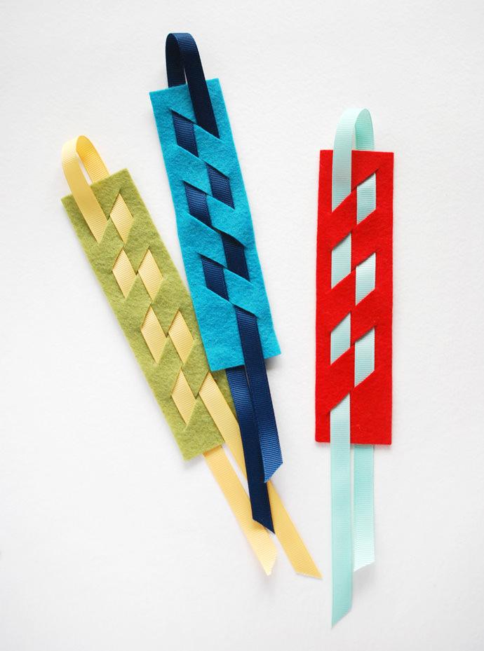 DIY Woven Bookmark