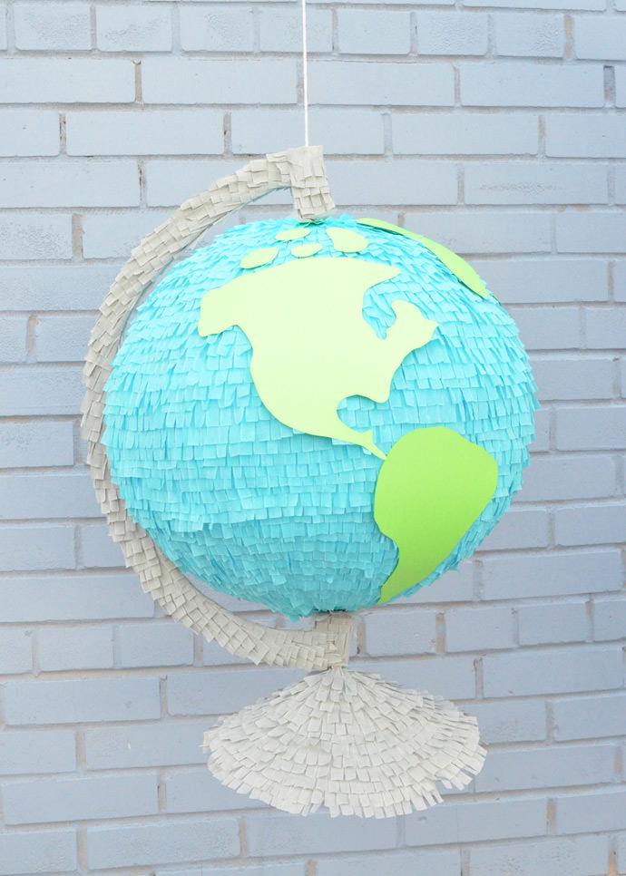 http://media3.handmadecharlotte.com/wp-content/uploads/2016/08/globe.pinata.done3_.jpg