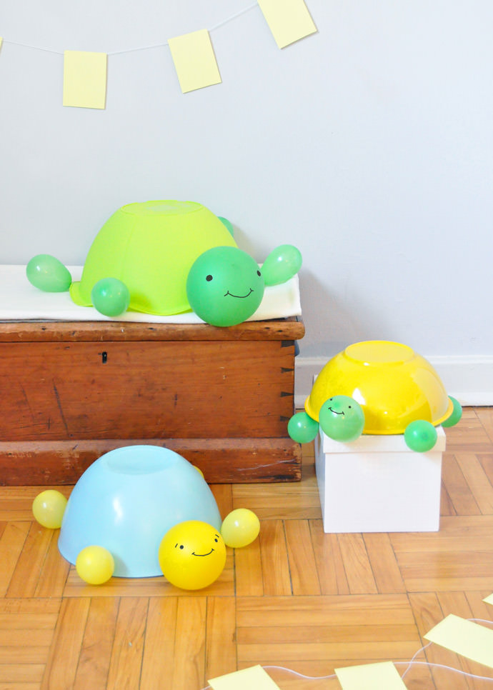 DIY Jumbo Balloon Turtles