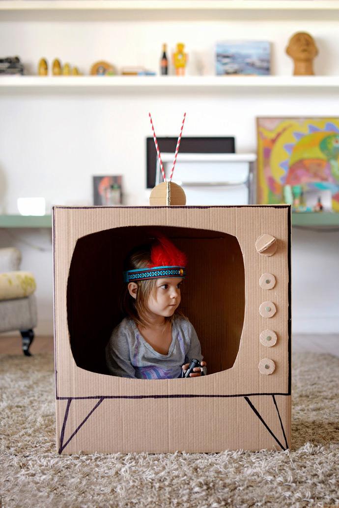 DIY Cardboard TV