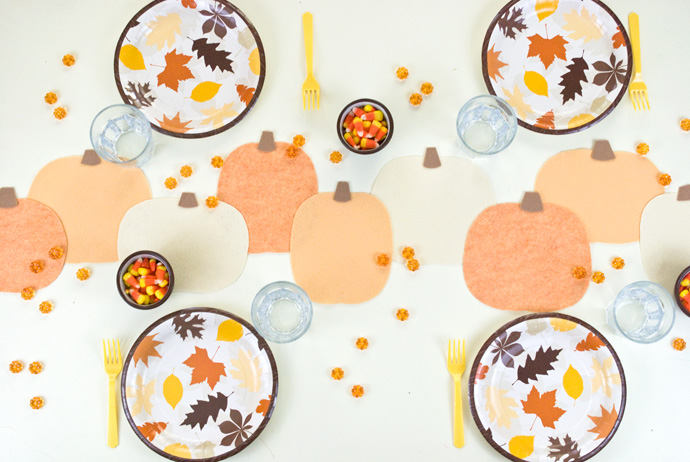 No-Sew Felt Pumpkin Table Runner