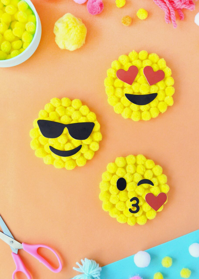 DIY Emoji Pom Pom by Number