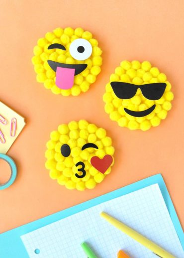 DIY Emoji Pom Pom by Number