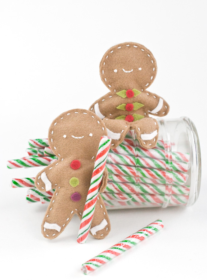 DIY Posable Felt Gingerbread People