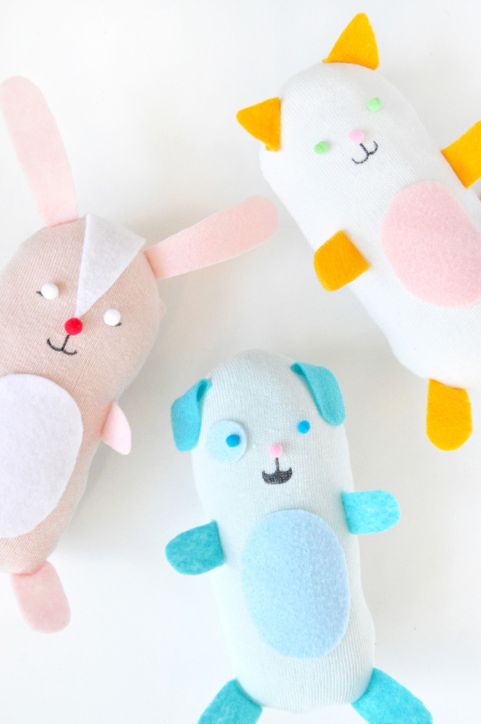 DIY No-Sew Stuffed Sock Animals