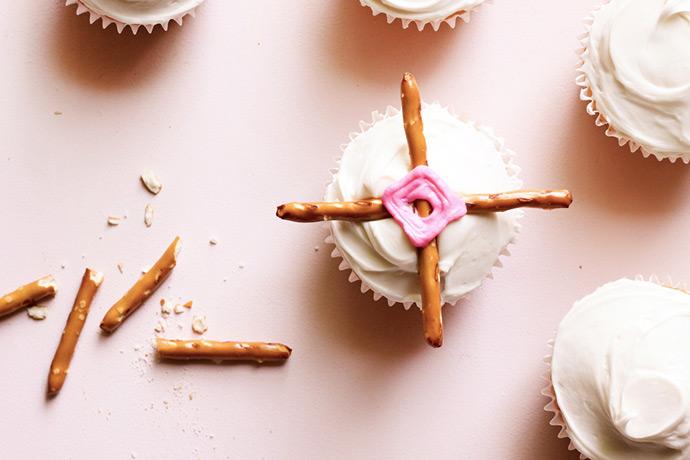 God's Eye Cupcakes