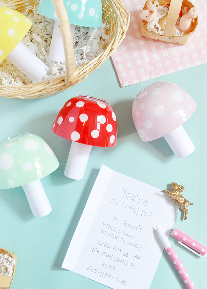 DIY Toadstool Invitations