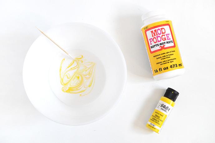 Mod Podge Honeybee Slime Favors