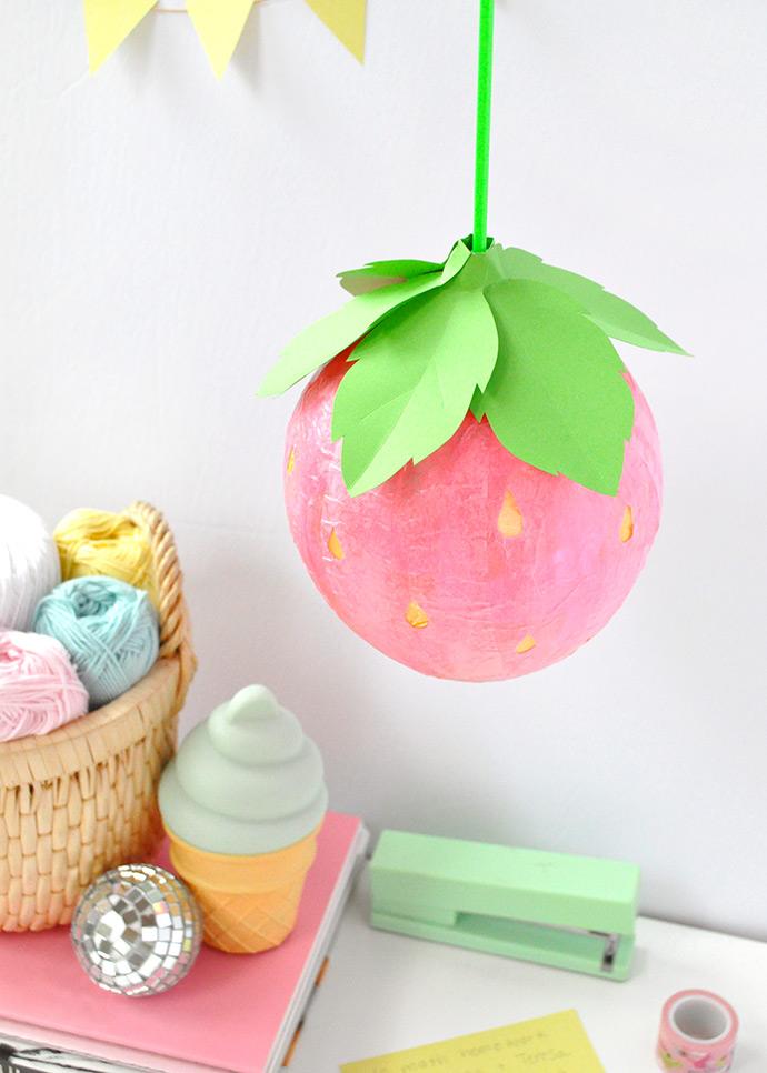 http://www.handmadecharlotte.com/wp-content/uploads/2017/08/strawberrylantern.done6_.690.jpg