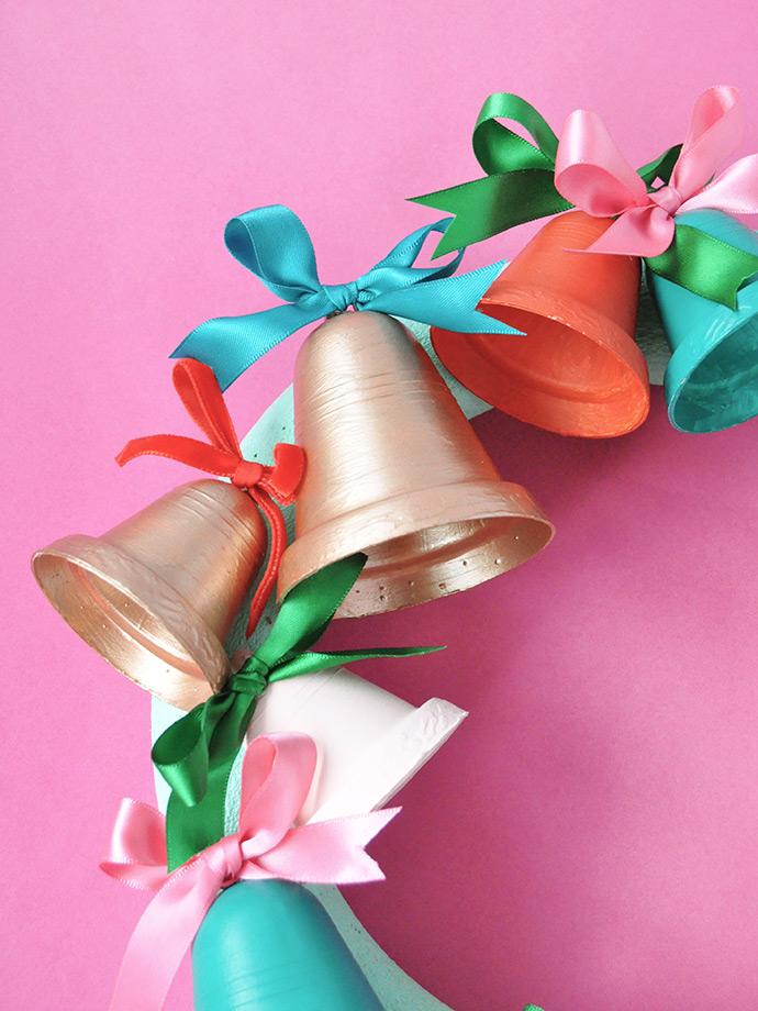 Painted Jingle Bell Wreath ⋆ Handmade Charlotte