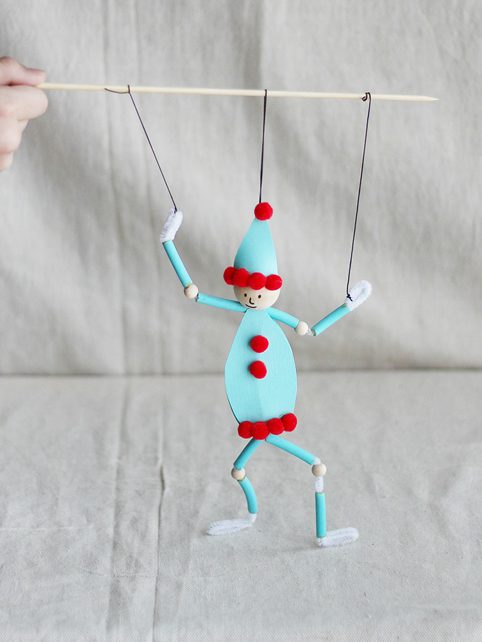 DIY Pasta Puppet: Elf