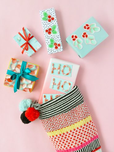 DIY Photograph Gift Wrap
