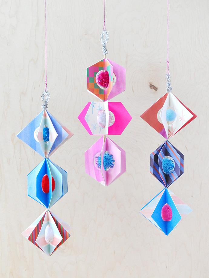 official photos d8b97 b0fb1 Spinning Paper Ornaments ⋆ Handmade Charlotte