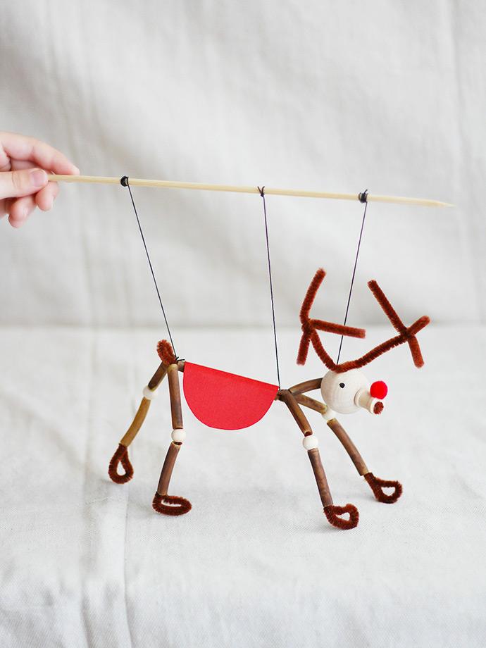 DIY Pasta Puppet: Reindeer
