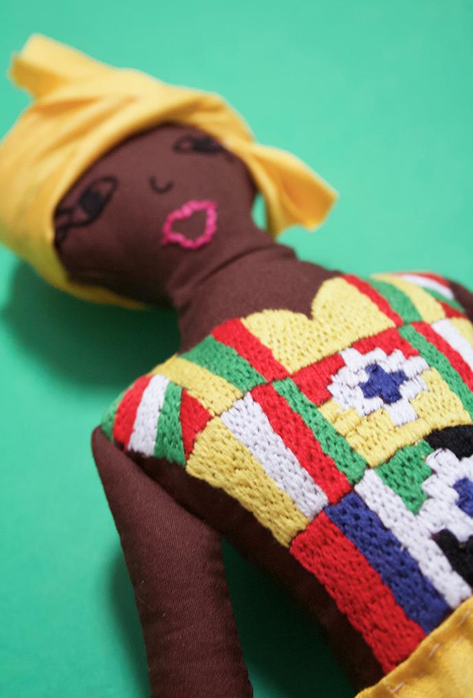 http://www.handmadecharlotte.com/wp-content/uploads/2018/03/Ghana_doll_spare1.690.jpg