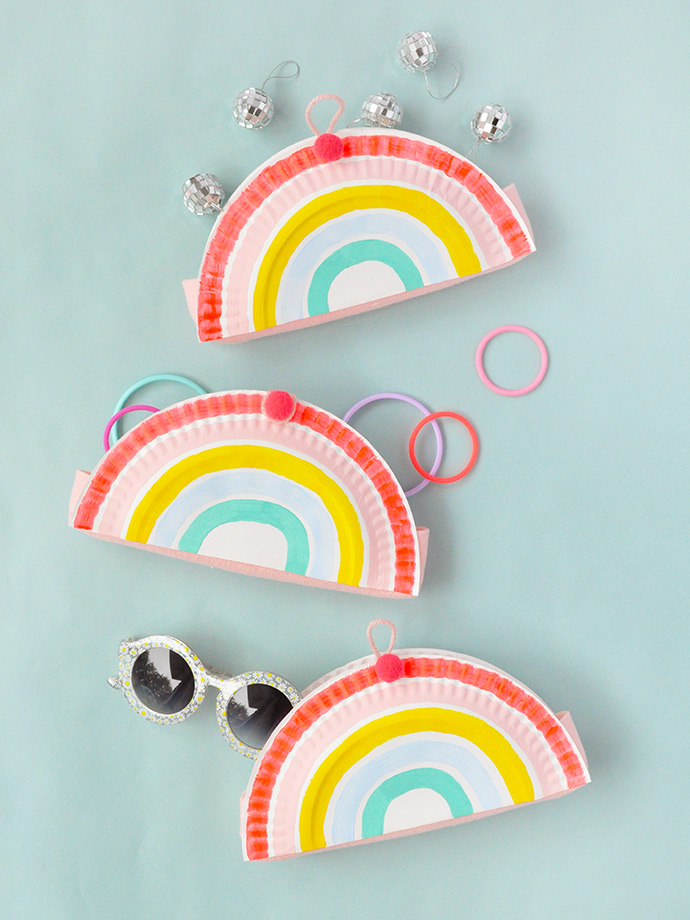 Have you noticed that we\u0027re big fans of paper plates? We\u0027ve got quite a few projects in the blog archives all about them \u2013 a few of our favorites are these ... & Rainbow Paper Plate Pockets